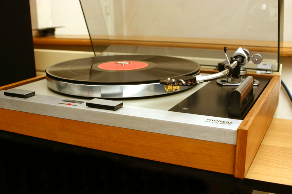 Grados christian hifi vintage revox - Ancienne platine vinyle ...
